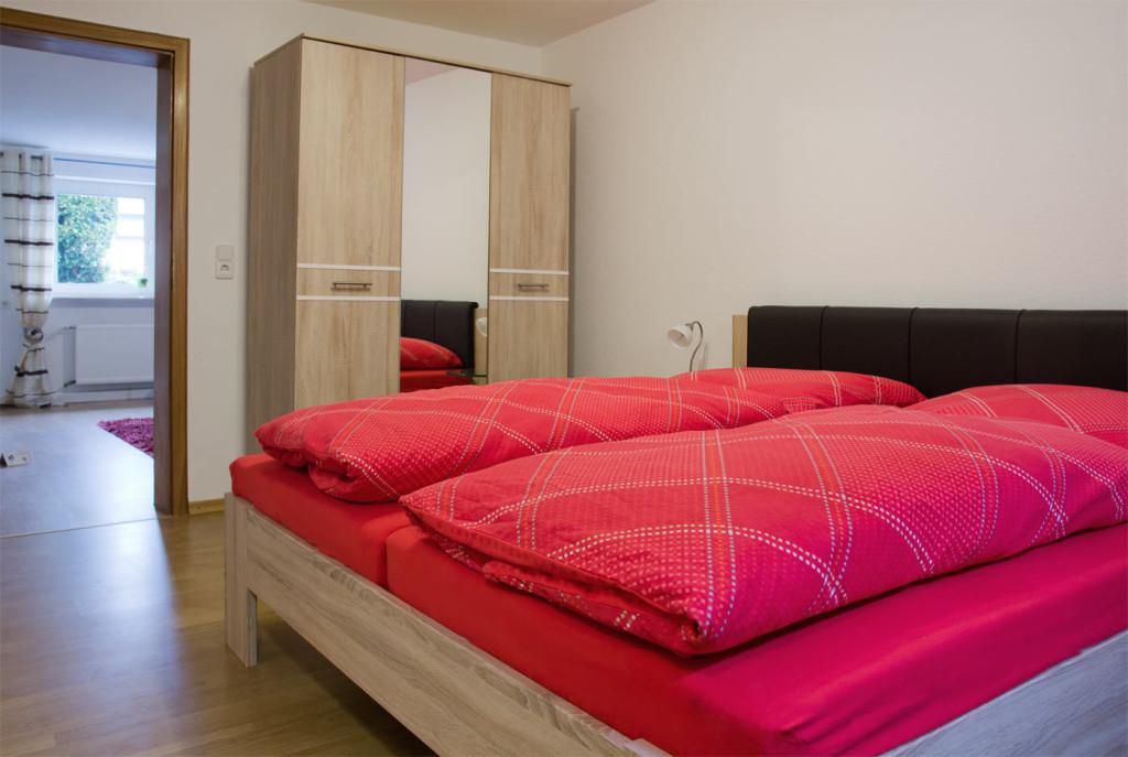 Schlafzimmer der Ferienwohnung, Bensheim, Familie Guth